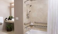 Deluxe Room Accessible Bathroom